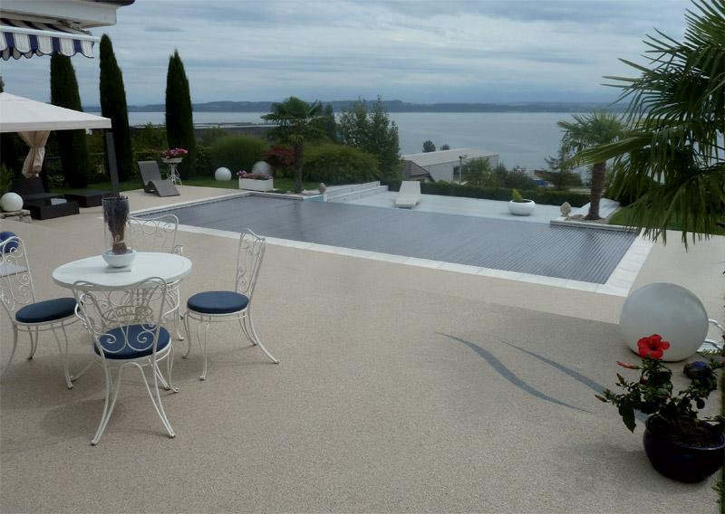 Rev tement de sol granulat de marbre moquette de for Bischwiller piscine
