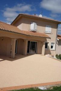 terrasse resine moquette de pierre